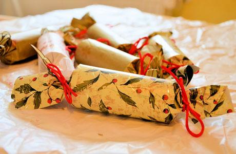 Christmas-Crackers-460X300